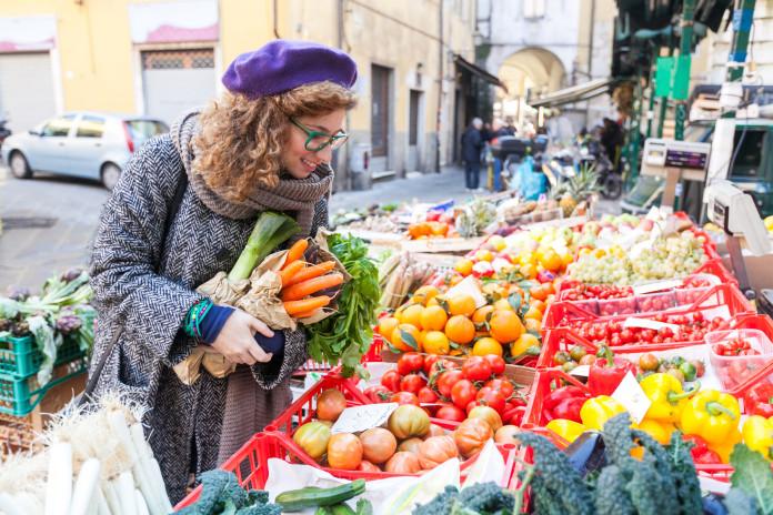 Nowa piramida żywieniowa to więcej warzyw