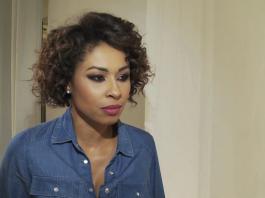 Omenaa Mensah: pies zjadł jej szpilki od Gucciego