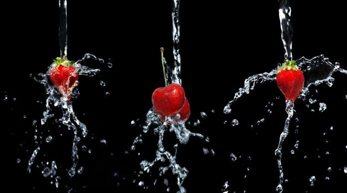 Jak myć warzywa i owoce