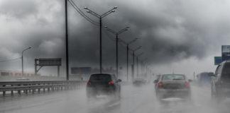 Burza w samochodzie