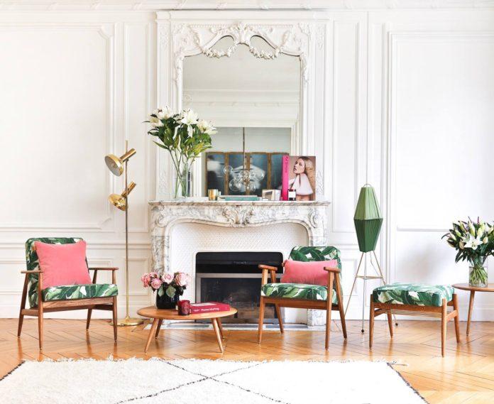 Kolorowe meble w salonie