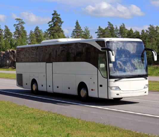 Biały autobus