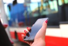 Bilet komunikacji miejskiej prosto ze smartona
