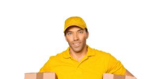 Kurier w żóltej koszulce