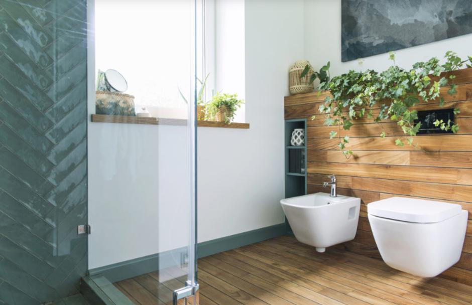 łazienka płytki naturalne