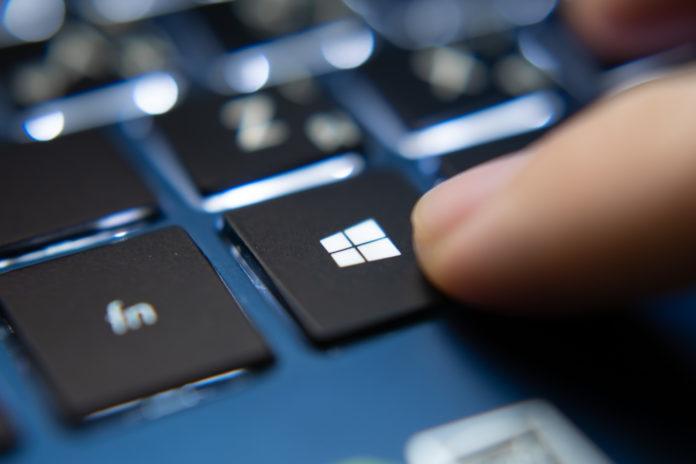 przycisk Windows na klawiaturze
