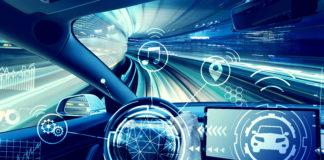 samochód z udogodnieniami technologicznymi dla kierowcy