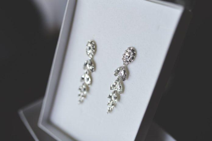 srebrna biżuteria kolczyki