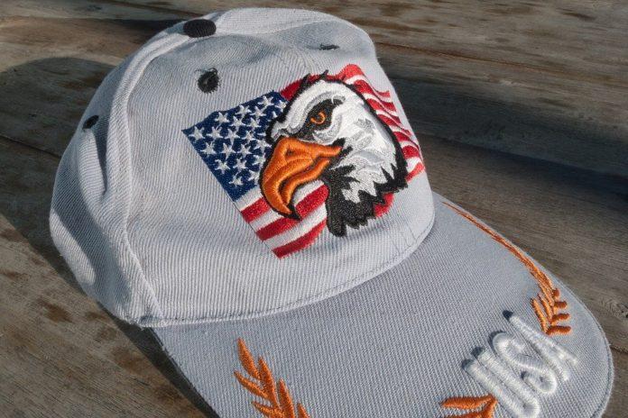 czapka z daszkiem haft komputerowy