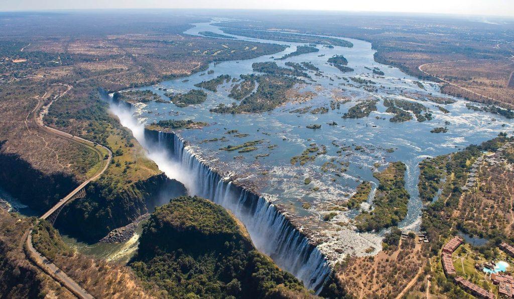 Wodospady Wiktorii - Klejnot Afryki