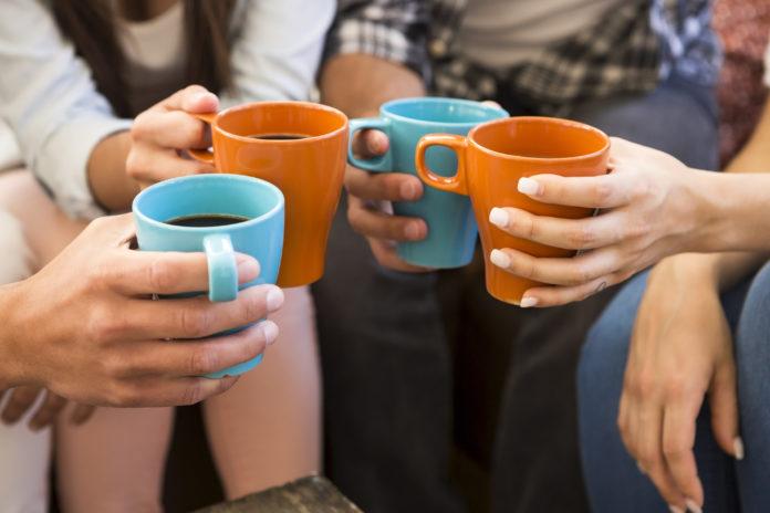 kawa z przyjaciółmi