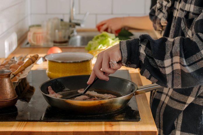 smażenie na kuchni