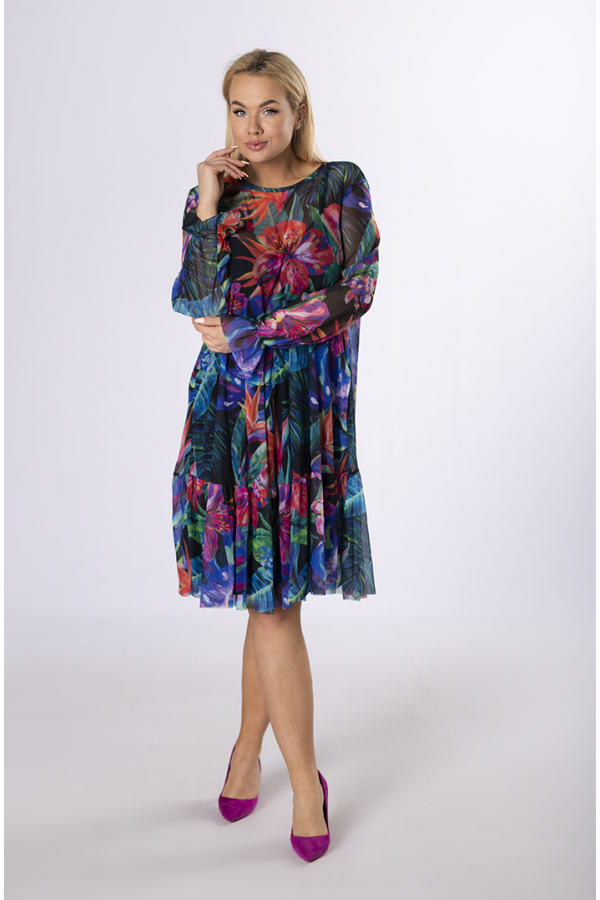 modna sukienka dla puszystej dziewczyny