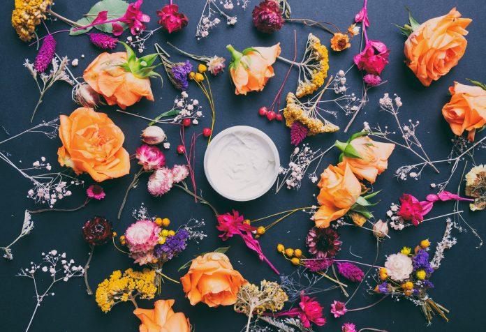 kwiaty krem do twarzy