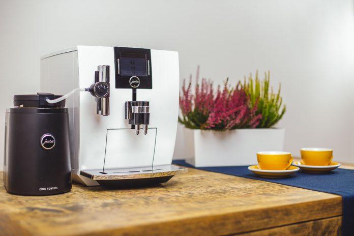 ekspres do kawy pojemnik na mleko